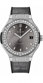 Hublot Classic Fusion Racing Grey Titanium Diamonds 38 mm 565.NX.7071.LR.1204